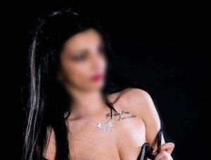 Hot Escorts Birmingham - Mens and ladies escort agencies Birmingham EN 1