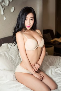 Cathy - Escort lady London 3