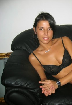 Emma - Escort ladies Amsterdam 1