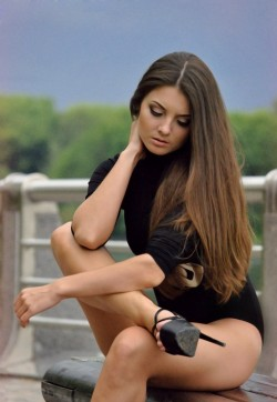 Adriana - Escort ladies Kiev 1
