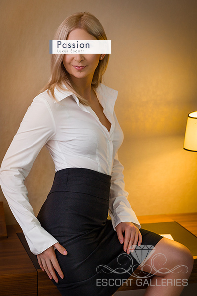 glenview escorts older lady escorts