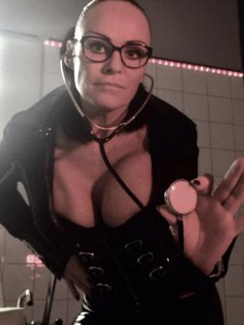 Domina Liane - Escort dominatrix Munich 14