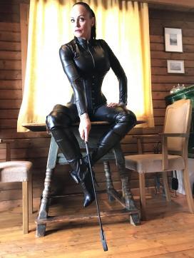 Domina Liane - Escort dominatrix Heidelberg 3