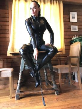 Domina Liane - Escort dominatrix Munich 3