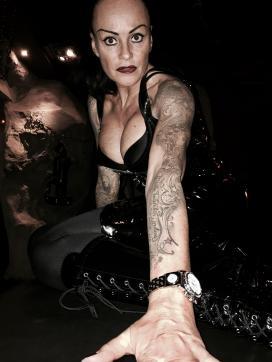Domina Liane - Escort dominatrix Zurich 9