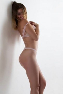 Stacey - Escort lady Manchester 4