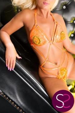 Nikki - Escort lady Manchester 4