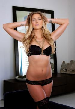 Anne Blonde Girl - Escort ladies Saint Petersburg 1