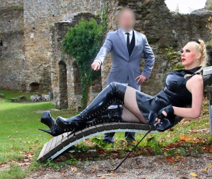 Domina Jessica and Master M - Escort couple Salzburg 8