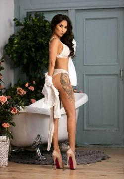 AILIN GDE - Escort ladies Athens 1