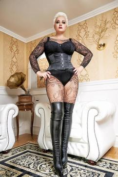 Lady Anna - Escort dominatrix Dortmund 8