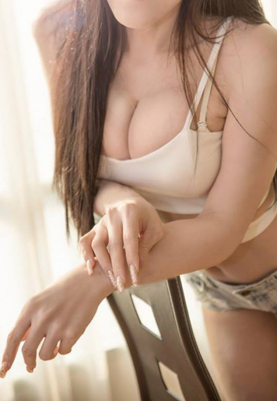 Indonesian lady escort