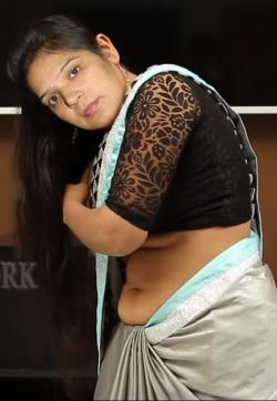 Neetu Choudhary - Escort ladies Delhi 1