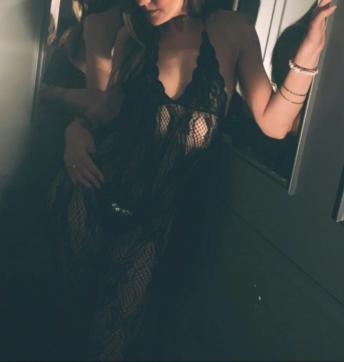 Jessica Sweet - Escort female slave / maid Seattle 5