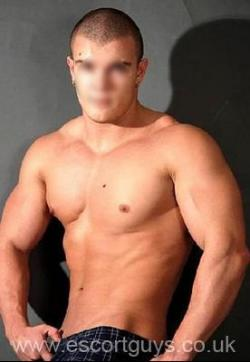 Laurentiu - Escort mens Bucharest 1