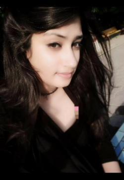 Miss Mahi Khanna - Escort ladies Dubai 1