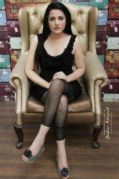 Kanika kapoor - Escort lady Dubai 2