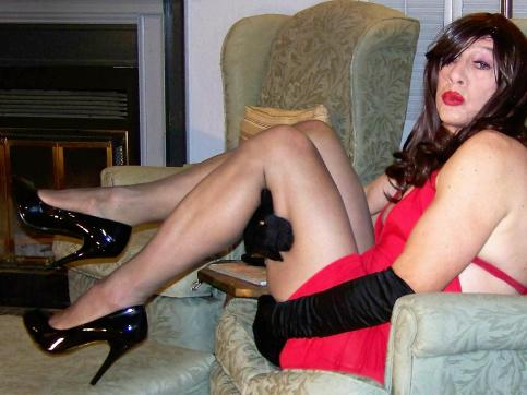Gina Ropeburn - Escort female slave / maid Reno 15