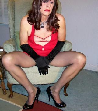 Gina Ropeburn - Escort female slave / maid Reno 16
