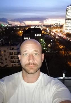 Max - Escort gays Düsseldorf 1