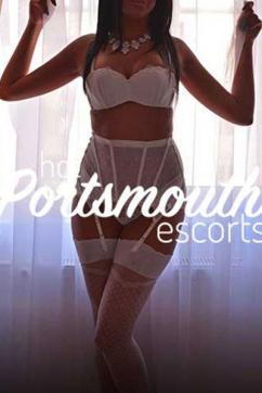 Lilly - Escort lady Portsmouth 2