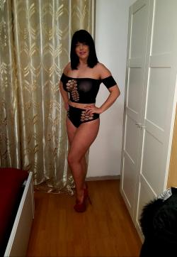 Miss Laura - Escort ladies Rho 1