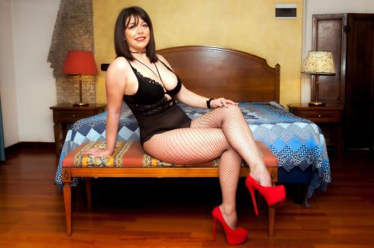 Miss Laura - Escort lady Rho 6