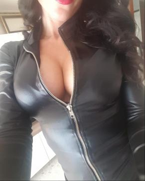 Dea Susanna Guerriero - Escort dominatrix Naples 3
