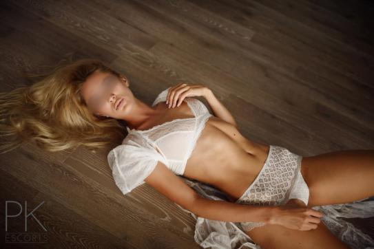 Julia - Escort lady Bochum 2