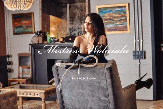 Mistress Wolanda - Escort dominatrix Dnipro 5