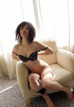 Yu yu - Escort ladies Dubai 1