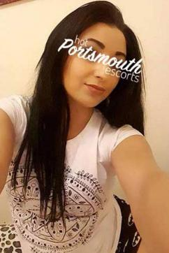 Larissa - Escort lady Portsmouth 2