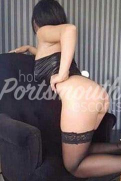 Larissa - Escort lady Portsmouth 3