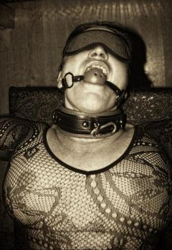 Sklavin Gusti - Escort female slave / maid Vienna 1