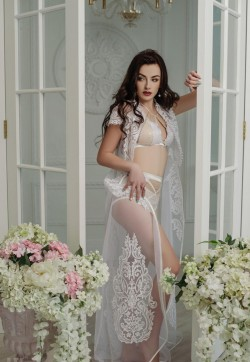 ELENA GDE - Escort ladies Athens 1