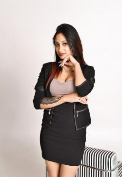 Amira - Escort ladies Zurich 1
