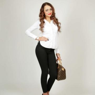 Kylie - Escort lady Essen 2
