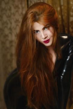 Mistress Lagerta - Escort dominatrix Bordeaux 12