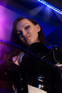 Miss Lynn - Escort dominatrix Mainz 8
