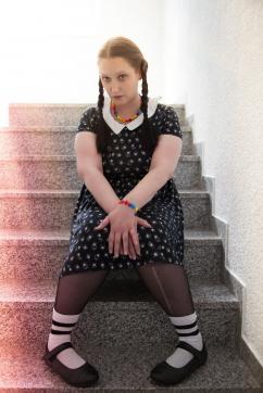 Extremsklavin Mira - Escort female slave / maid Frankfurt 5