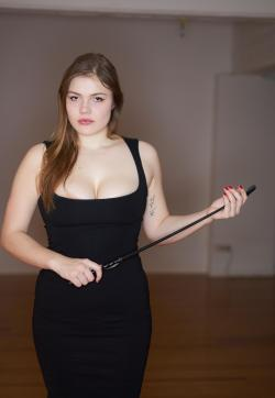 Cate - Escort dominatrixes Milan 1