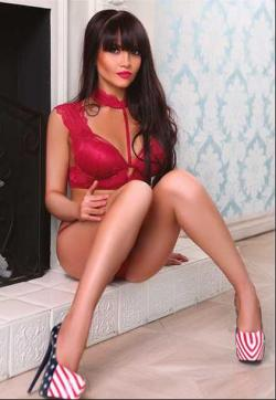 Veronika - Escort ladies Izmir 1
