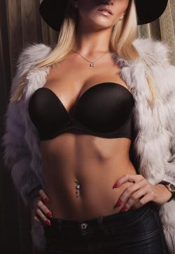 LEA - Escort ladies Frankfurt 1