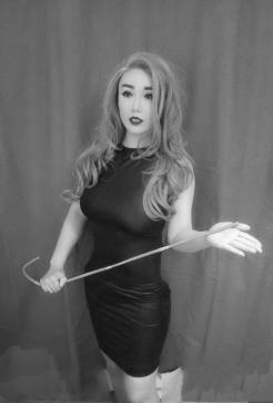 Goddess Findora - Escort dominatrix London 6