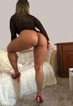 Julia - Escort ladies Lisbon 1