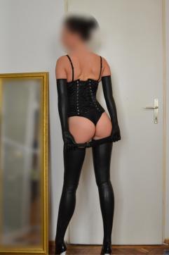 Lady Eliza - Escort dominatrix Vienna 10
