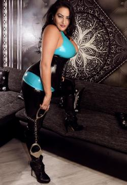 Lady Aradia - Escort dominatrixes Cologne 1