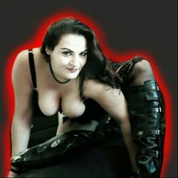 Lady Aradia - Escort dominatrix Cologne 6