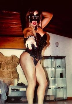 Mistress Culturista - Escort dominatrixes Florence 1