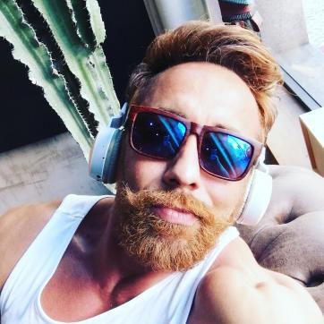 Petros - Escort gay Munich 3